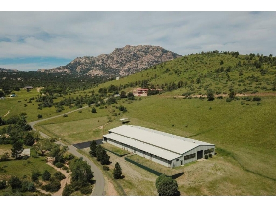 25 acre horse property with Olympic size indoor arena in Prescott, Arizona